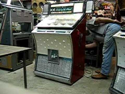 Seeburg Jukebox Value Seeburg Jukebox Playing