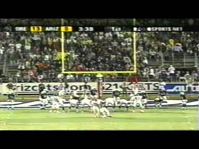 Oregon QB Joey Harrington dives for a touchdown vs. Arizona 10-06-2001