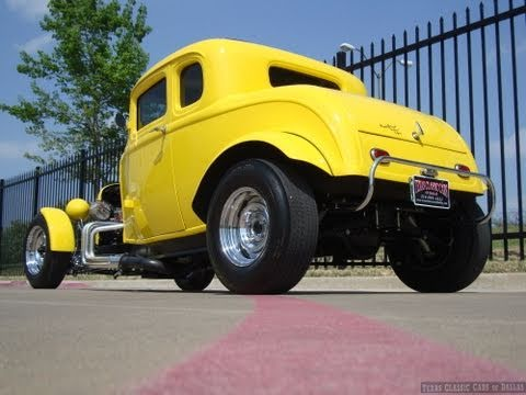 Deuce Coupe American Graffiti Tribute Hot Rod ACTION