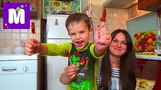 Делаем леденцы на палочке дома с тетей Людой Make hand made lollipop