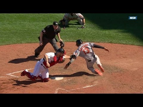 Bradley makes catch, nabs Machado at home