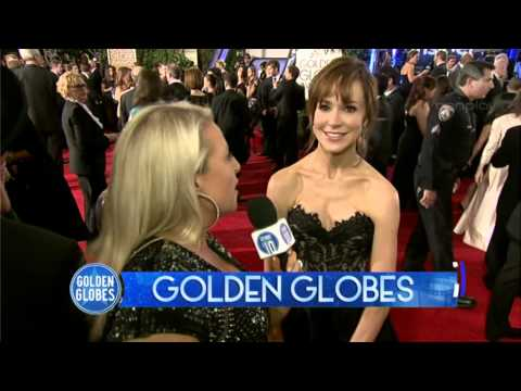 Golden Globes: Frances O'Connor Interview + Red Carpet Fashions