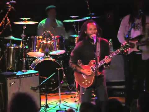 Ziggy Marley - A Sign (Live At The Roxy Theatrе)