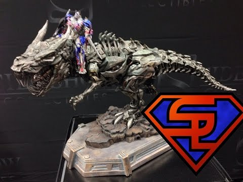 Sideshow Collectibles Transformers, Godzilla, Predator, Video Game & Horror SDCC 2014 Display