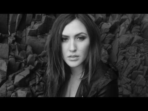 Смотреть клип Alyssa REID — Badlands