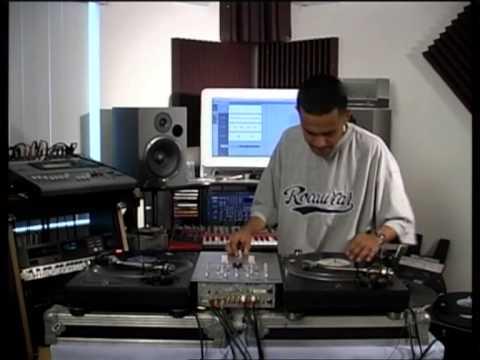 DJ CRAZE Scratching & Beat Juggling