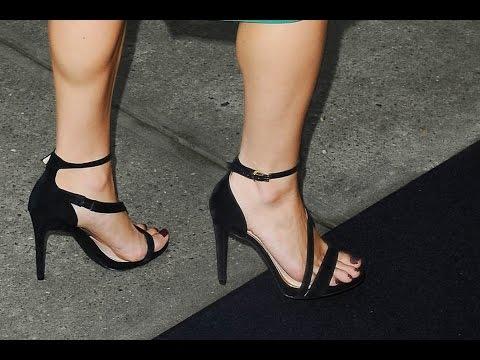 Kristin Cavallar Hot Sexy Feet & Thighs   Sexy Legs
