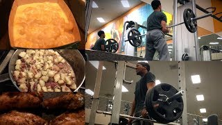 Volume Workout on Naturally Enhanced + Thanksgiving Feast!