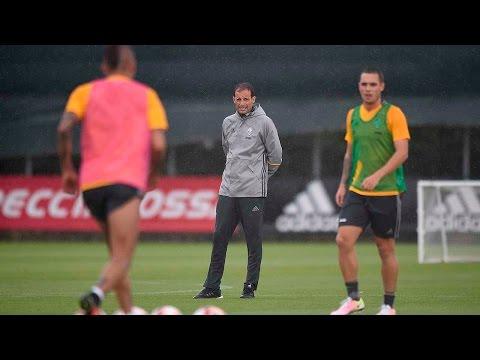 Juve raise the bar in the rain - La Juventus al lavoro sotto la pioggia