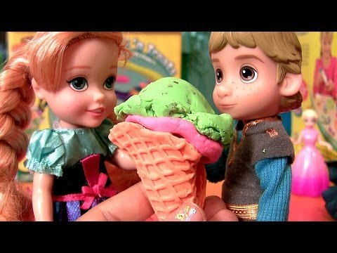 Anna ♥ Kristoff Having Ice Cream Cones Play Doh Scoops 'N Treats Disney Frozen Dolls Play Dough