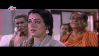 Dharmendra, Hema Malini, Jaan Hatheli Pe - Romantic Scene 5/21