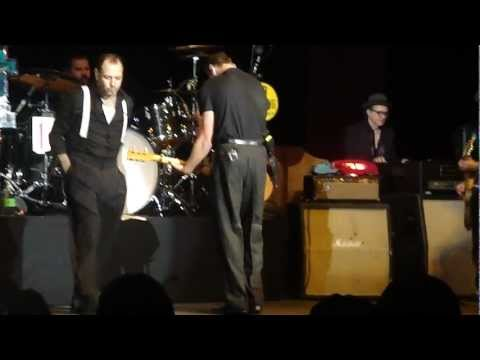 Social Distortion w/ Julian Ness - Prison Bound (Live)