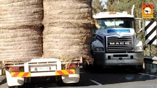 Close calls and Random Rigs - Roadtrains of Australia Ozoutback truckers