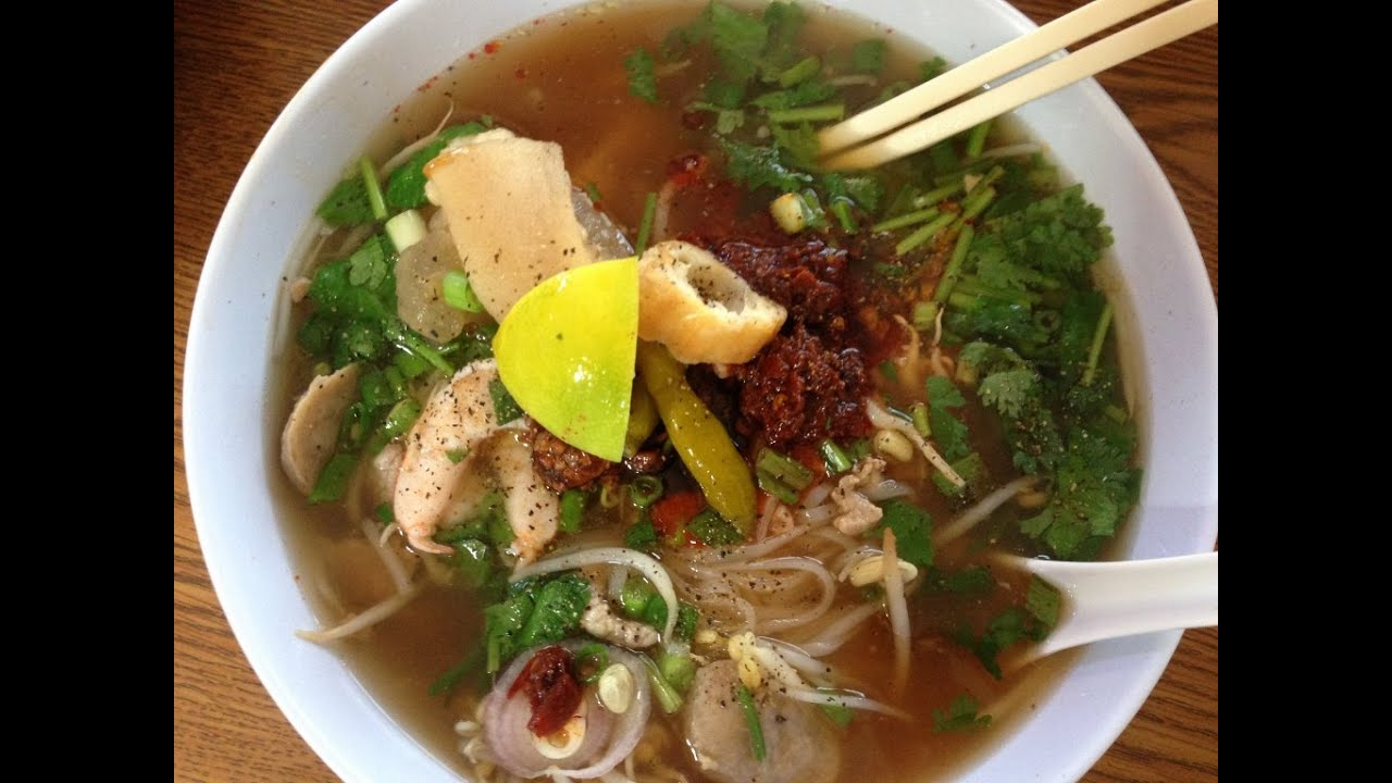 How To Make Khoy Teil Pho Rice Noodle Soup Cooking