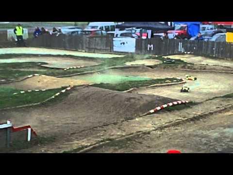 RC Modely (auta) Czech Open 2012 Praha Letňany První Závod 21.4. ????? Off Road Buggy