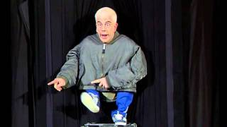 Men in coats - Humour - LE PLUS GRAND CABARET DU MONDE