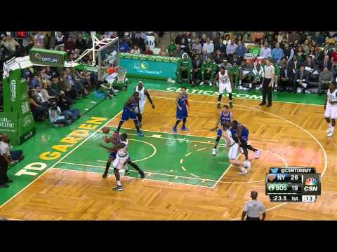 Carmelo Anthony Highlights Knicks vs. Celtics 12.12.2014 - 22 Points, 3 Assists, 3 Blocks