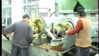 Sweet Sorghum: Pressing the green mass // Отжим сахарного сорго