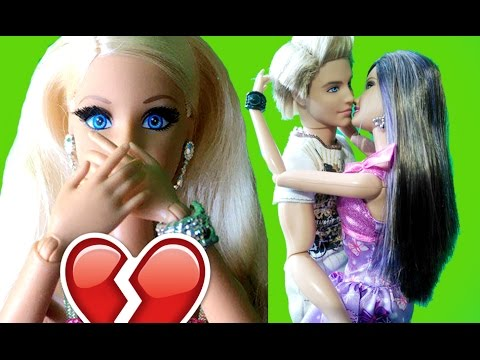 Барби застала Кена как он и Виктория целуються, Барби сериал куклы Барби ТВ