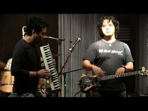 Balawan Bifan Trio ft. Indra Lesmana - St. Thomas @ Mostly Jazz 07/04/12 [HD]