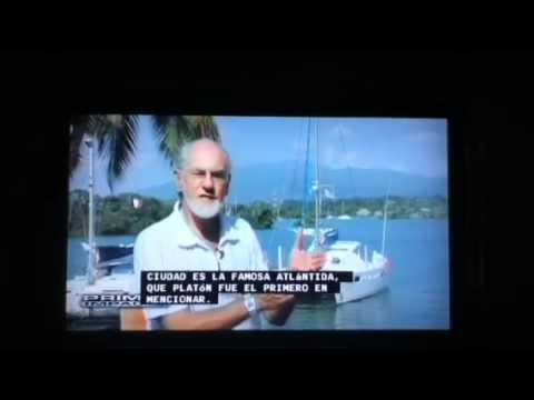 Arqueólogo alemán en lago Izabal Guatemala