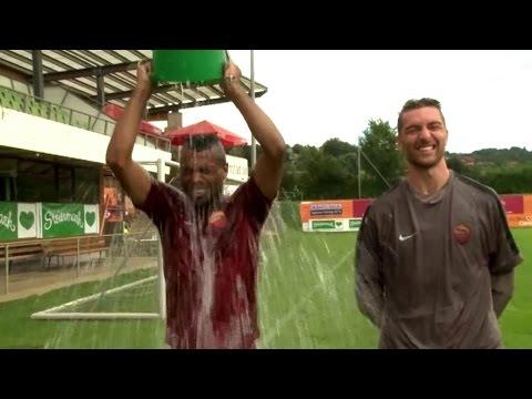 Ice Bucket Challenge: Ashley Cole fordert Didier Drogba und John Terry heraus | AS Rom