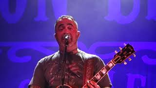 Aaron Lewis Outside and the Real Story behind it 06 22 18  Riverwind Casino Norman Ok
