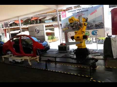 Robot industrial automotriz