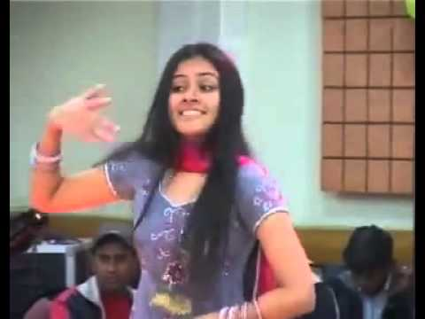 Pakistani Girl School Dance Papo0o0o0 Bachi