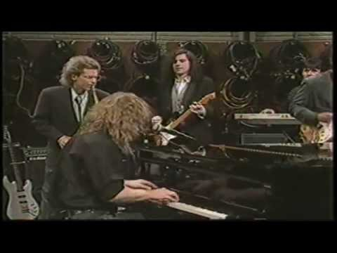 Warren Zevon - Lawyers, Guns and Money -  David Sanborn Show, 1989 (HD)
