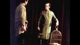 Monty Python - Dead Parrot Live (Sub. English / Español)