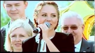 Репортаж с торжественной линейки старшей дочки МакSим - Саши (Телеканал Москва24)