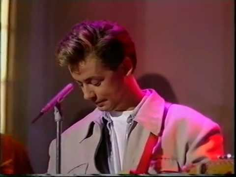 Nick Heyward - You&#039;re my world (Wogan)
