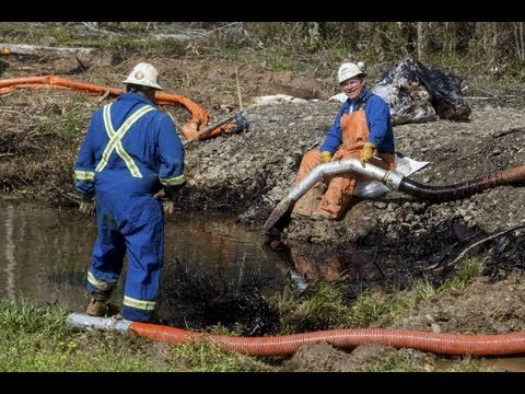 Exxon's Pipeline Won't Pay Taxes to Oil Spill Cleanup Fund