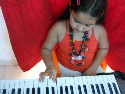 Baby Angel Ruth Agnihotri Playing Lakdi Ki Kathi On Piano. video