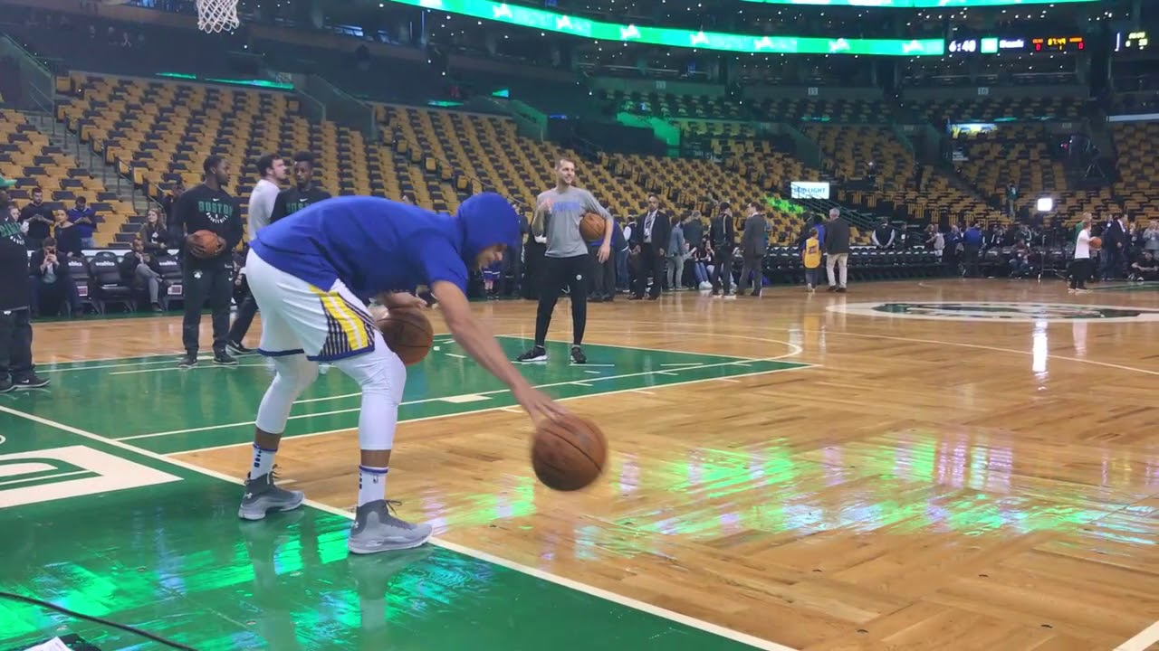 Stephen Curry puts on a show with his pregame dribbling ritual | ESPN