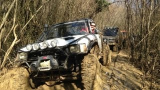 Land Rover vs Toyota **OFF-ROAD**