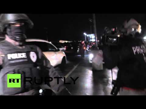 RAW: Moment Ferguson police detain Ruptly journalist