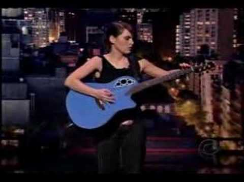 Kaki King - Playing With Pink Noise (Live) Video