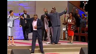 Tyler Perry gives T.D Jakes $1 Million Dollars at The Potters House Dallas HD