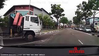 WORST CAR CRASHES OF SINGAPORE   PART 5