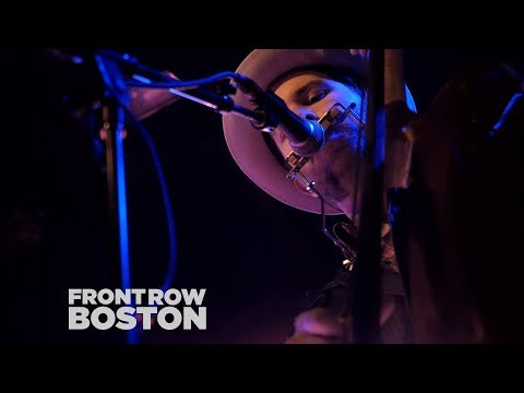 Drew Holcomb & The Neighbors – Postcard Memories | Front Row Boston