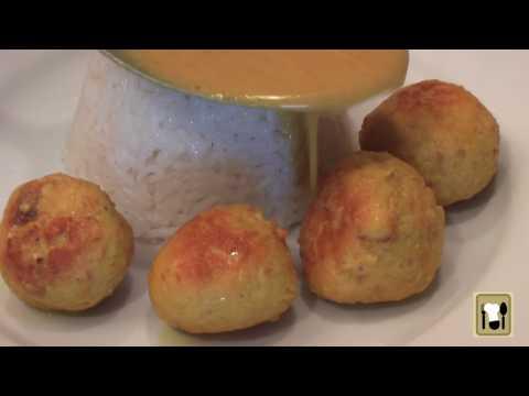 Albóndigas de pechuga de pollo y arroz