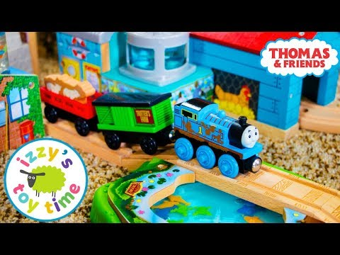 Thomas and Friends | SHARK FOOD DELIVERY! Fun Toy Trains for Kids | Thomas Train with Brio