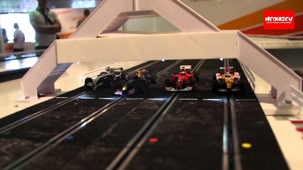 idef 2011 stand namco bandai le circuit de voitures lectriques youtube. Black Bedroom Furniture Sets. Home Design Ideas