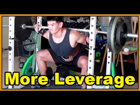 Wide Stance Sumo Squat for More Leverage : Powerlifting Squat Image 1