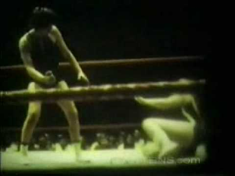 Mars Monroe vs. Vivian Vachon - 1971 - Saint Paul, Minnesota (women