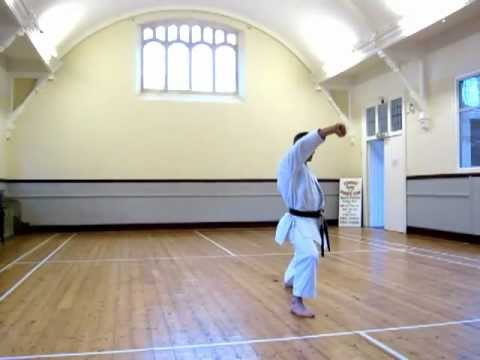 Heian Shodan - Slow (shotokan Karate Kata) video