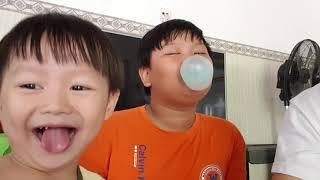 Thi Thổi Bong Bóng Bằng Gum Hubba Bubba ❤ Kids Toy Media ❤
