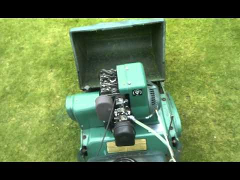 Qualcast Suffolk Punch 35s Petrol Cylinder Lawn Mower